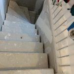 Dreieckswand im Treppenabgang
